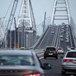 Адвокат хочет завещать Путину 1,5 млн руб на премии строителям моста в Крым